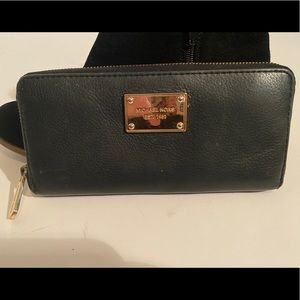 Michael Kors Black Leather Wallet With Gold Detail